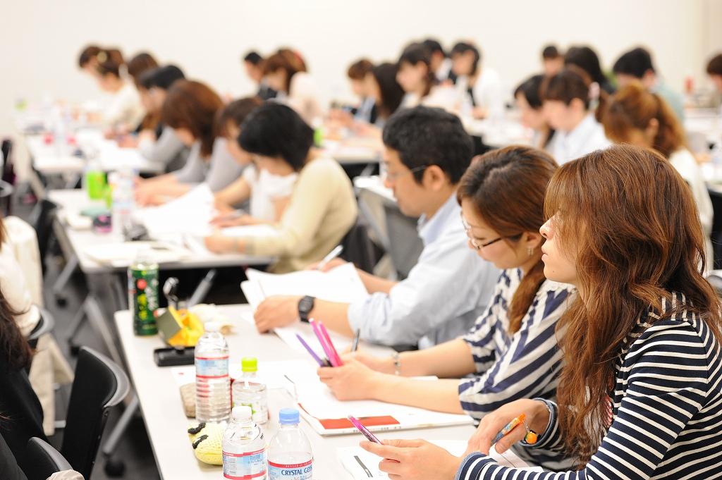 2012年の「幹部スタッフ育成塾」には全国から180名の方が参加、素晴らしい幹部が多数、輩出されました。
