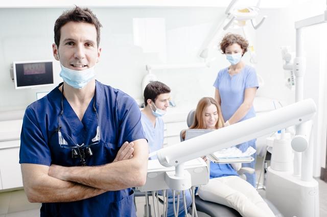 歯科助手の採用をどうするか悩んでいます