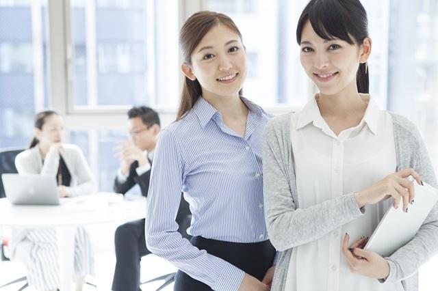 【新人スタッフ教育】コミュニケーションが苦手なスタッフへの効果的なアドバイスとは?